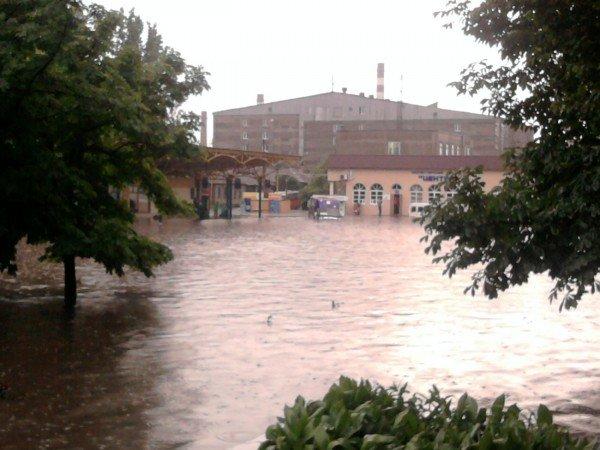 На затопленной во время ливня автостанции «Центр» по отчетам чиновников было «все прекрасно сделано», фото-3