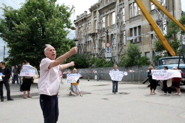 Симферопольцы митингуют за снос «стены плача», которую и так сносят (ФОТО), фото-4