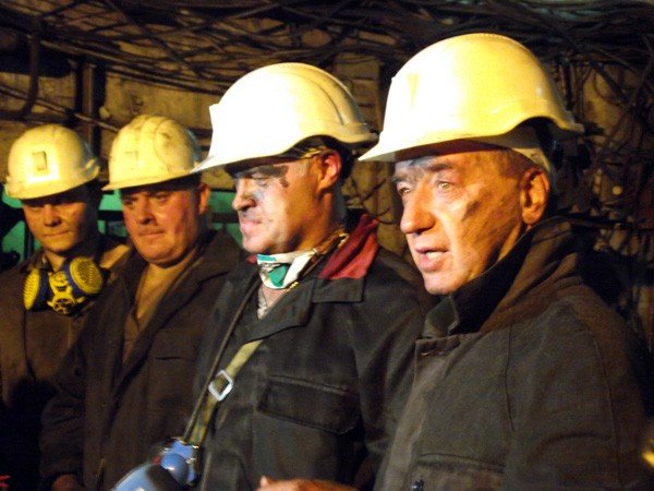 Шкиря повторил подвиг Сахарчука и Клепа – опустился в шахту, фото-1