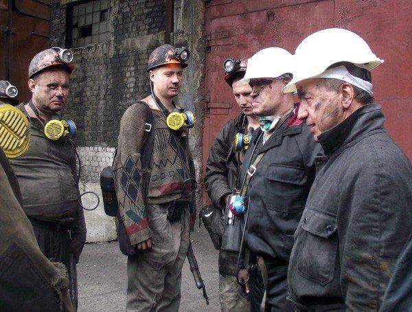 Шкиря повторил подвиг Сахарчука и Клепа – опустился в шахту, фото-3