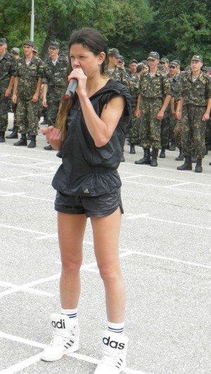 В Крыму Руслана учила военных петь и танцевать (фото), фото-5