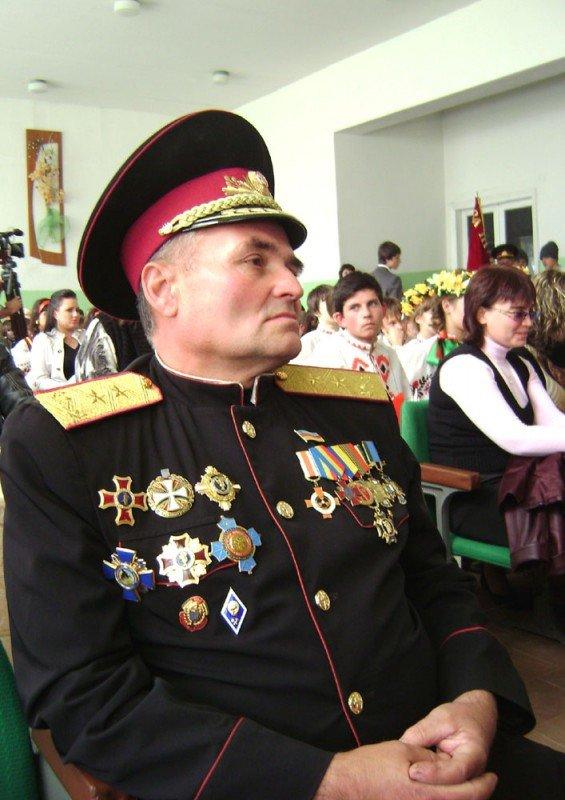 Артемовский атаман Александр Галушка считает, что Янукович повернулся к казачеству спиной, фото-1