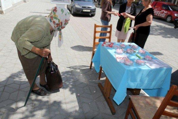 В Симферополе показали, как можно использовать пепельницы (ФОТО), фото-5