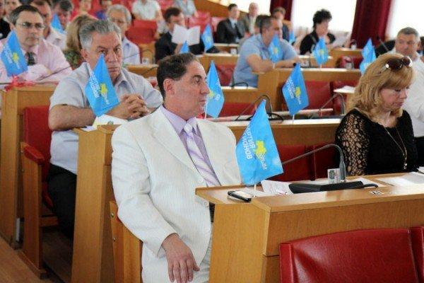 Фротман и Иващенко получили нагрудные значки от горсовета (ФОТО), фото-1