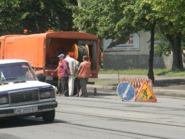 Криворожские дорожники ликвидируют последствия ливней (ФОТО), фото-1