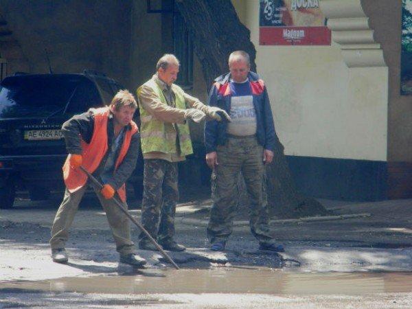Криворожские дорожники ликвидируют последствия ливней (ФОТО), фото-4