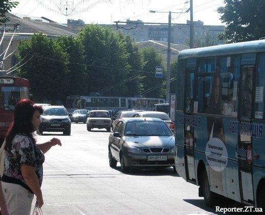 У Житомирі стояли тролейбуси. Обрив контактної лінії (ФОТО), фото-1