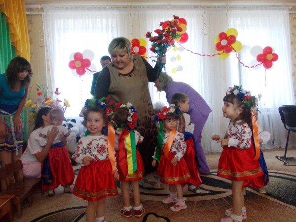 День рожденья в День защиты: в Артемовском доме ребенка отпраздновали 90-летие (ВИДЕО), фото-4