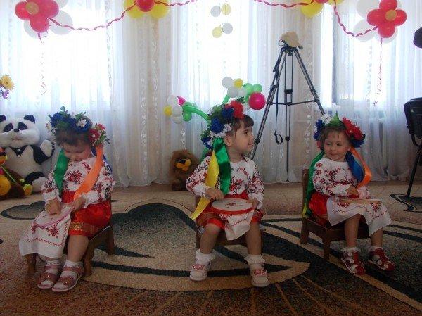 День рожденья в День защиты: в Артемовском доме ребенка отпраздновали 90-летие (ВИДЕО), фото-6