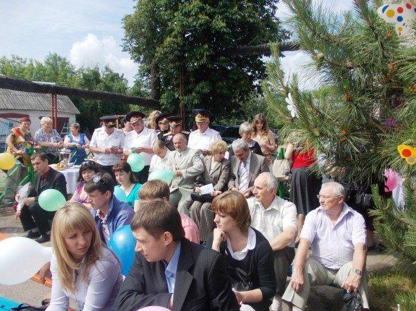 День рожденья в День защиты: в Артемовском доме ребенка отпраздновали 90-летие (ВИДЕО), фото-8