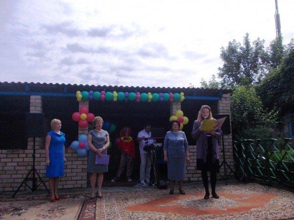 День рожденья в День защиты: в Артемовском доме ребенка отпраздновали 90-летие (ВИДЕО), фото-10