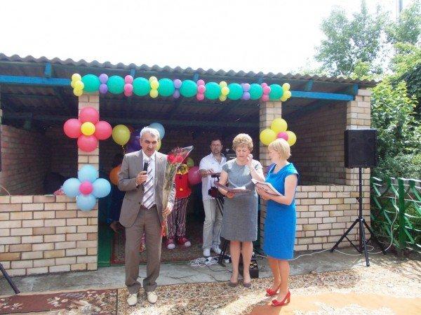 День рожденья в День защиты: в Артемовском доме ребенка отпраздновали 90-летие (ВИДЕО), фото-11