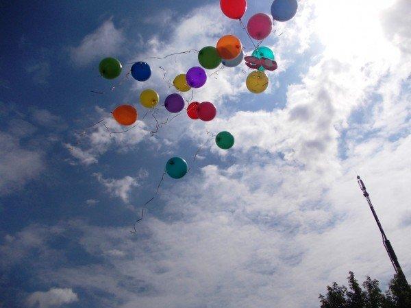 День рожденья в День защиты: в Артемовском доме ребенка отпраздновали 90-летие (ВИДЕО), фото-1