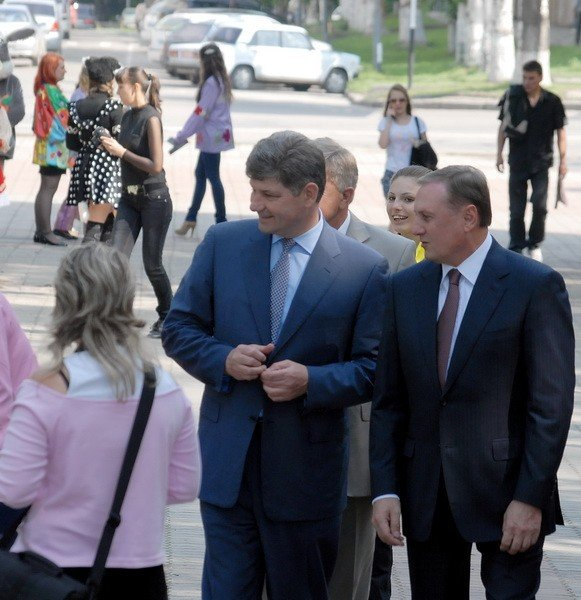 В Луганске празднуют День защиты детей (ФОТО), фото-3