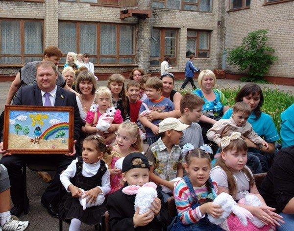 Городской Центр реабилитации детей-инвалидов отмечал сегодня День защиты детей, фото-5