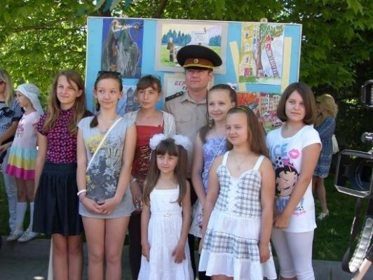В Севастополе наградили победителей детского конкурса рисунка и плаката «Предупредить, спасти, помочь!», фото-3
