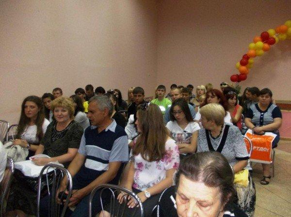 Депутат облсовета Дадашев заявил, что устроит на работу выпускников-сирот, фото-1