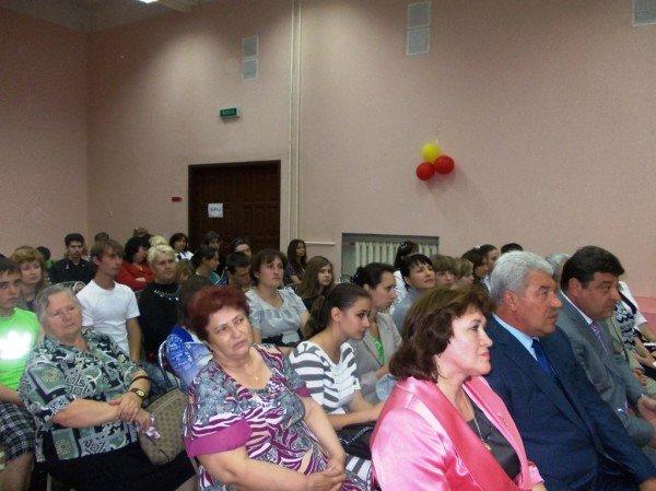 Депутат облсовета Дадашев заявил, что устроит на работу выпускников-сирот, фото-5