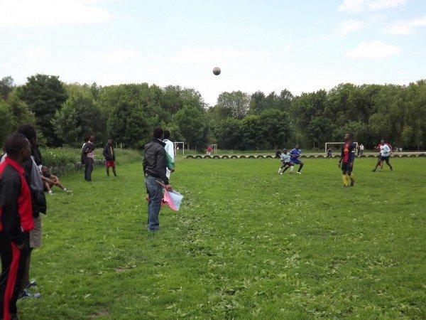 Євроштрих: іноземні студенти грають у футбол до Євро-2012 (ФОТОФАКТ), фото-1