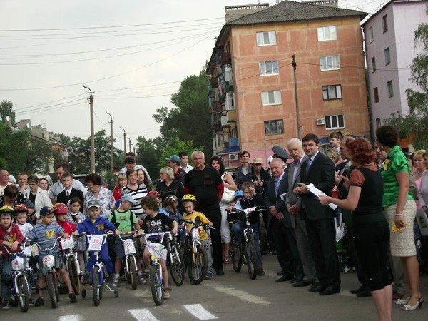 В Горловке прошли первые детские велогонки «Киндер-старт», фото-1