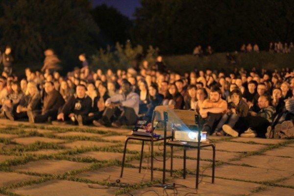 В Луганске под открытым небом прошел фестиваль запрещенных фильмов (ФОТО), фото-5