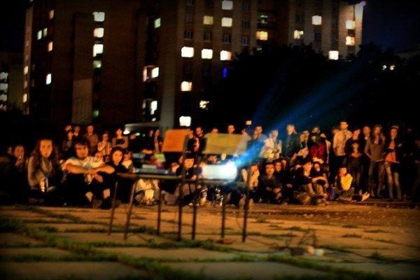 В Луганске под открытым небом прошел фестиваль запрещенных фильмов (ФОТО), фото-6