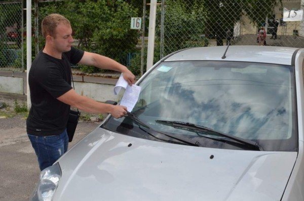 У Житомирі популярну автостоянку переобладнають для весільних кортежів (ФОТО), фото-1