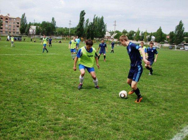 Артемовская команда выиграла Чемпионат области по футболу, фото-1