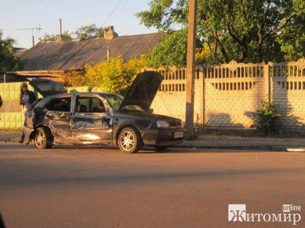 Вчора в Житомирі не розминулися дві автівки (ФОТО), фото-1