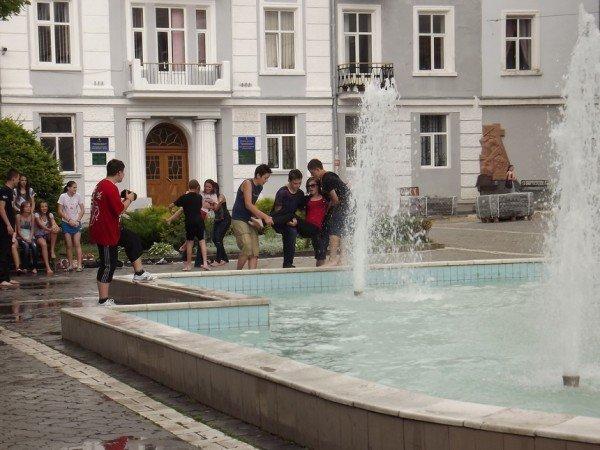 Дитяче літо у фонтанах (ФОТОШТРИХ), фото-1