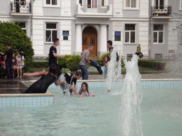 Дитяче літо у фонтанах (ФОТОШТРИХ), фото-4