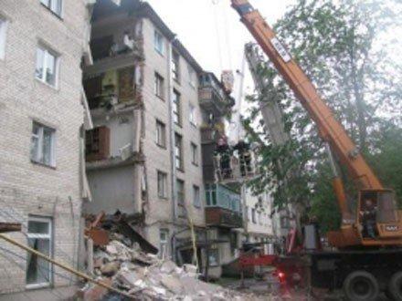 У Луцьку обвалився житловий будинок: 1 людина загинула. Під завалами ще можуть залишатися люди, фото-1