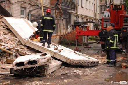 У Луцьку обвалився житловий будинок: 1 людина загинула. Під завалами ще можуть залишатися люди, фото-2