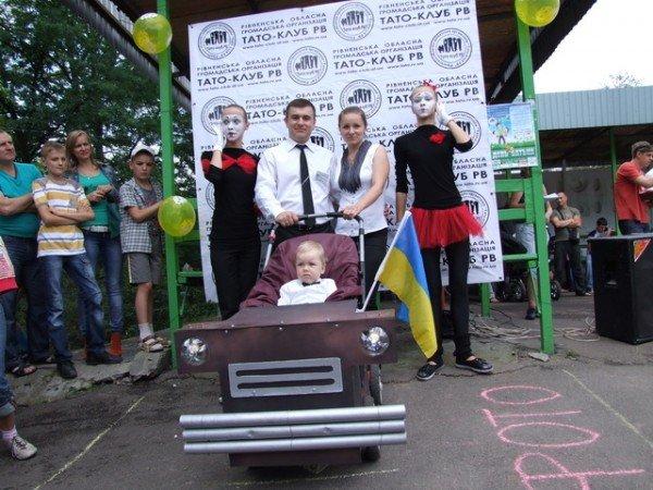 У Рівному відбувся перший парад дитячих візочків (ФОТО, ВІДЕО), фото-11