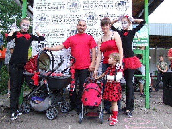 У Рівному відбувся перший парад дитячих візочків (ФОТО, ВІДЕО), фото-12