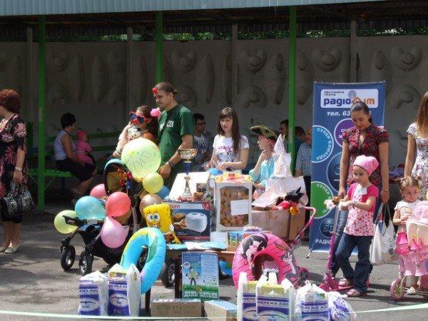 У Рівному відбувся перший парад дитячих візочків (ФОТО, ВІДЕО), фото-3