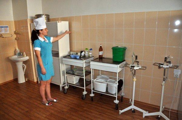 «Концерн «Стирол» ко Дню медика отремонтировал приемное отделение горбольницы №2, фото-1