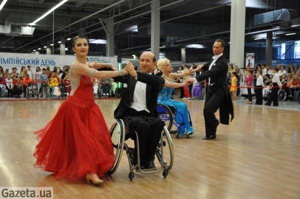 У Рівному танго на візках виграли чемпіони світу (ФОТО), фото-6