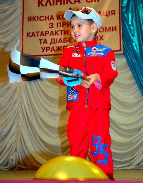 У Житомирі відбулся конкурс краси та талантів «Міні-міс Перлинка та Міні-містер Діамантик – 2012», фото-7