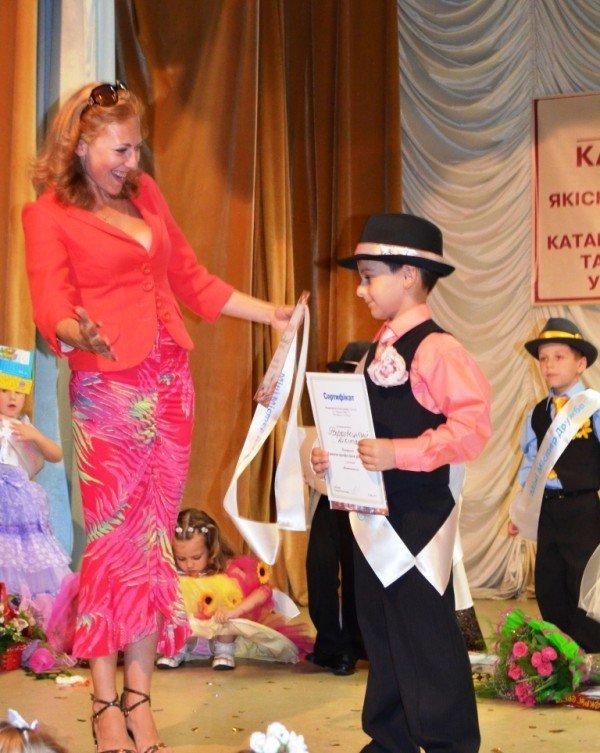 У Житомирі відбулся конкурс краси та талантів «Міні-міс Перлинка та Міні-містер Діамантик – 2012», фото-2