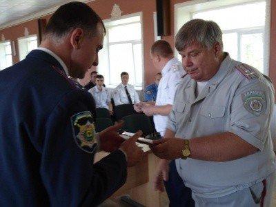 Горловские участковые инспекторы милиции отмечают праздник, фото-3
