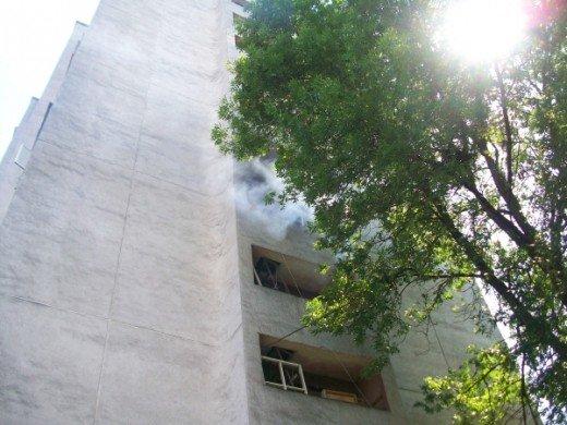 Хто у Рівному підпалив захламлений балкон, ще невідомо, фото-4