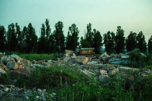 Артемовские «Помпеи»: руины роддома на фоне отремонтированной детской больницы, фото-4