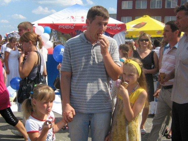 У Тернополі ввели в обіг нову грошову одиницю на святі морозива (ФОТО), фото-1