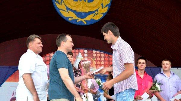 Житомирський голова Володимир Дебой відзначив кращих студентів стипендіями (ФОТО), фото-5
