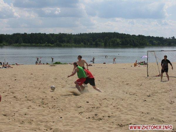 В Житомире прошел турнир по пляжному волейболу и футболу (ФОТО), фото-2
