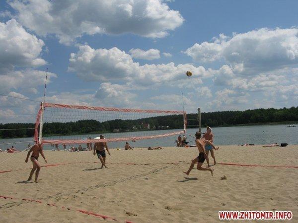 В Житомире прошел турнир по пляжному волейболу и футболу (ФОТО), фото-8