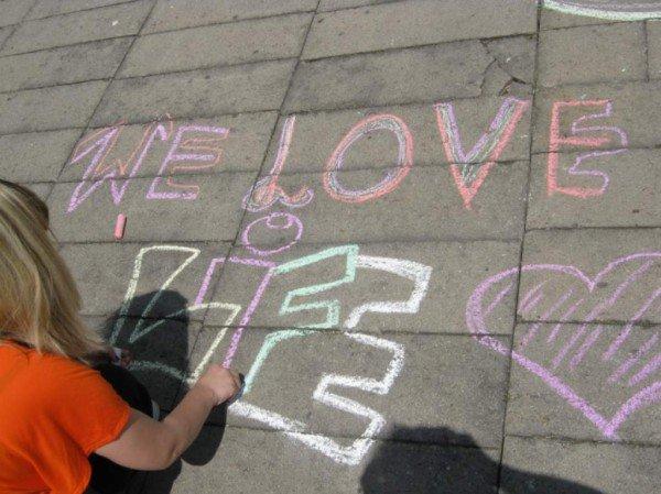 У житомирському парку ім. Ю. Гагаріна молодь малювала графіті (ФОТО), фото-2