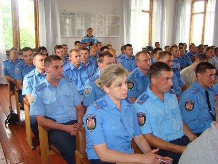 У Володарськ-Волинському районі боролися з посівами маку та конопель, фото-1