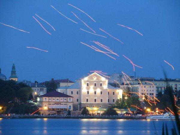 У Тернополі запустили небесні ліхтарики (ФОТО), фото-1